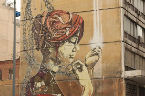 street art greece thessaloniki - girl